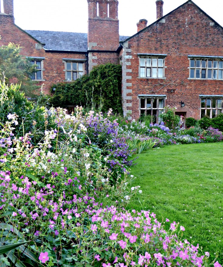 Gardening Group: 10 Ideas To Steal From English Cottage Gardens